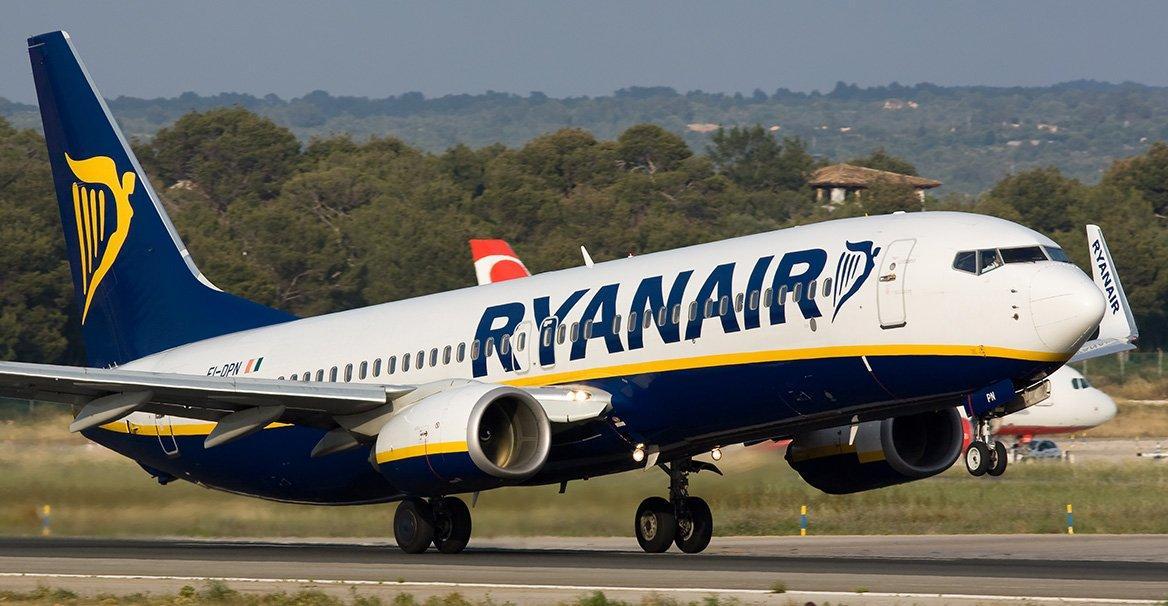 Ryanair cancella 2000 voli: 50 al giorno fino a novembre